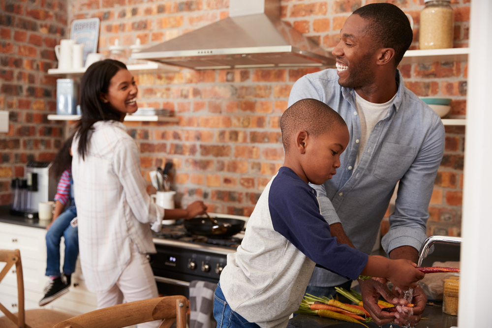 Ways to Build Healthy Family Relationships